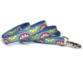 blue, green and berry floral medallion leash (1 inch)