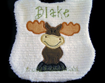Personalized Baby Bib - Appliqued Moose - White Chenille - Reversible