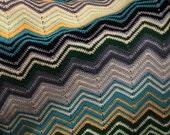 crochet blanket Pattern or crochet ripple afghan / throw: Modern chevron stripes