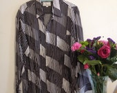 Vintage 80s Mens Black and White Abstract Print Shirt
