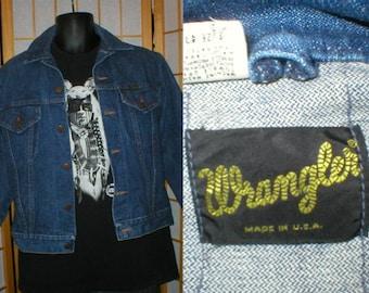 80s medium blue denim jean jacket  by Wrangler mens size 40 / medium