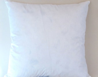 22 inch DOWN AND FEATHER Insert - double lined 10/90 pillow insert