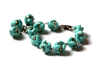 Thermoset Plastic Tassel Bracelet, 1950s Turquoise Plastic Bracelet, Vintage Thermoset Bracelet, Blue Lucite Bracelet, Plastic Puzzle Links