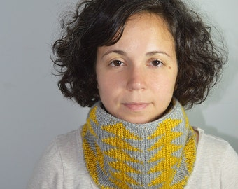 Sale Geometric Triangles Handknit Cowl, Neck warmer, Winter Accessory, Wool and Silk, Alpaca and Bamboo, Yellow and Grey, Geometric