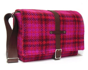 Camera messenger bag - medium  - magenta plaid
