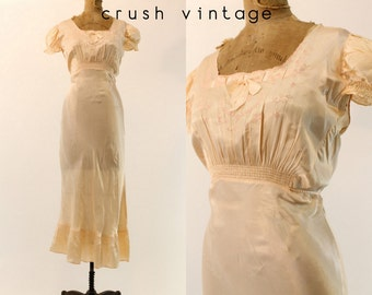 40s Embroidered Nightgown S M / 1940s Bias Cut Dress /  Love Somebody Lingerie