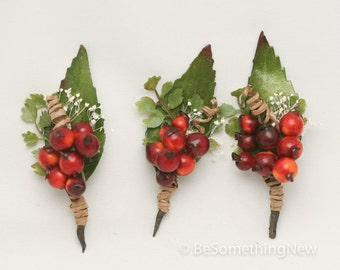 Fall Wedding boutonniere, Rustic Berries and Leaves, Groomsman Boutonniere, Rustic Wedding Accessory, Rust and Green Wedding Bout