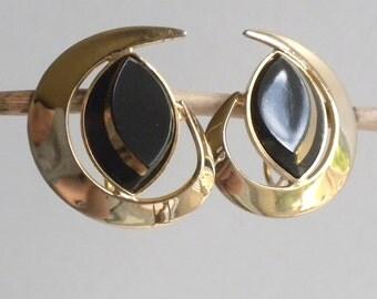 Sarah Coventry Earrings - Black Saturn - 1960s Gold Tone Clip Back Earrings