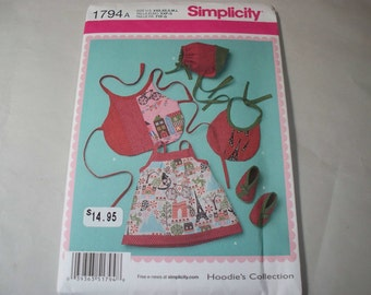New Simplicity Baby Clothes Pattern, 1794 (Free US Shipping)