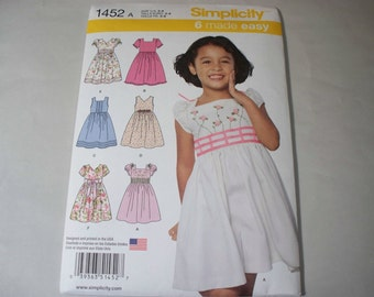 New Simplicity Girl's Dress  Pattern, 1452 (3, 4, 5, 6, 7, 8)   (Free US Shipping)