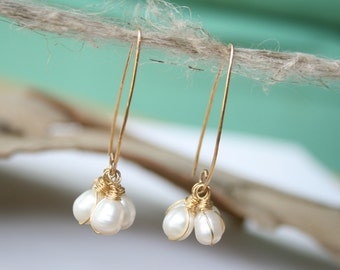 Gold and White Pearl Earrings, Long Cluster earrings with pearls, Wire Wrapped Pearls for Weddings, genuine jewelry. Free Shipping!