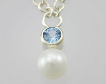 Stone Drop Neck with Pearl (Aquamarine)