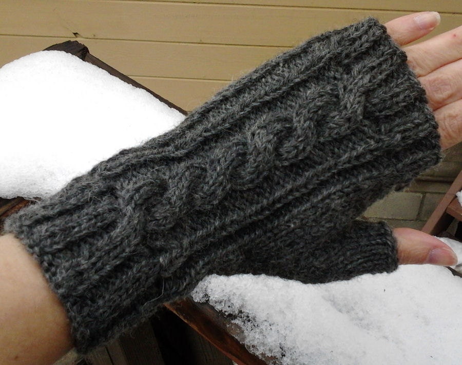 Wool Cable Knit Fingerless Gloves Charcoal