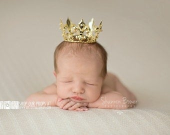 Mini Small Newborn Crown Photo Props, King or Prince Newborn Baby Boy Crown Photography Props, Baby Boy Props, Crown, Gold, Newborn Boy Prop