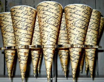 French Script Paper Cones (20-count)