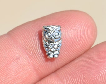 10 Antique Silver 10mm Owl Beads  BD153