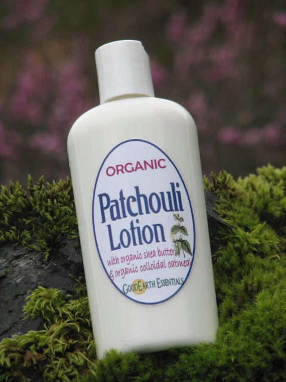 Organic PATCHOULI Lotion - enriched with organic hemp oil, organic shea butter, organic colloidal oatmeal - very soothing for problem skin