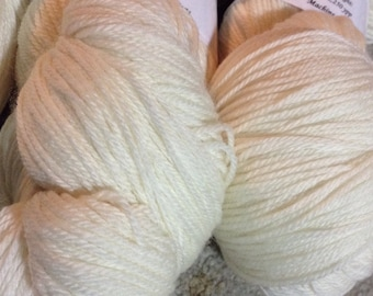 SW Merino Lace Weight Sock Yarn - Natural White - 100g Skein