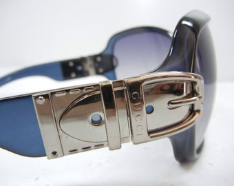 Authentic Gucci Sunglasses / Buckle accents / Eyewear / vintage designer sunglasses / Gucci frames with case / Gucci glasses / Spring