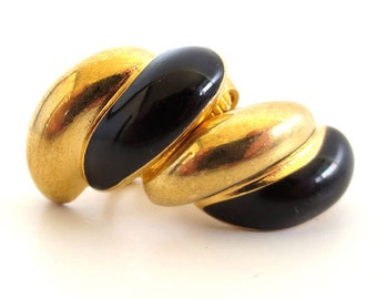 Vintage 80's Avon // Black Enamel Swirl Clip on Earrings