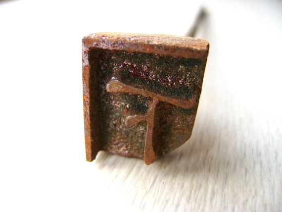 Vintage Japanese Yakiin Branding Iron Under Underneath Below Down S204