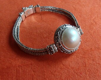 Chain sterling Silver Bracelet white Mabe pearl / Silver 925 /  Bali handmade jewelry