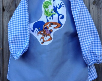 Child's art smock -  age 3 to 4. Monsters from Ben 10.