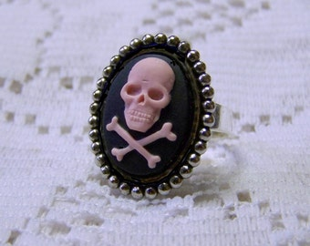 Pink Skull and Crossbones Ring, Lady Pirate Adjustable Ring, Pirate Cross, Silver Beaded Setting, Pink & Black, Halloween, Day of the Dead