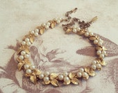 Gold pearl choker. Gold flower necklace with pearls. Adjustable vintage necklace Gold leaf necklace with pearls.