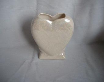 Pedestal Heart Vase / Mother of Pearl