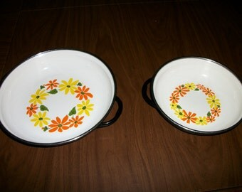 Ekco Country Garden 2  saucepans  Porcelain Clad Enameled Cookware set of  MAde in Italy SAle