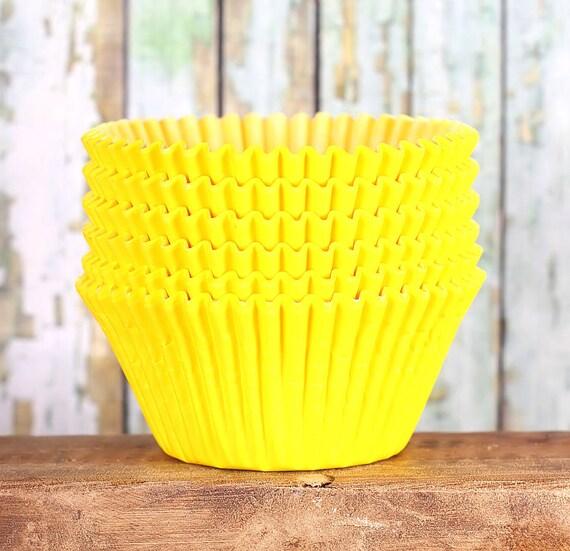 JUMBO Yellow Cupcake Liners, Texas Size Muffin Cups, Jumbo Wedding Cupcake Liners, Jumbo Yellow Muffin Liners, Jumbo Baking Cups (50)