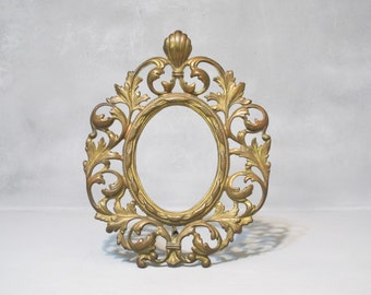 Vintage Ornate Cast Iron Photo Frame / Distressed Gold Metal Picture Frame, Decorative Oval Mirror Frame, Victorian, Leaf and Scroll Design