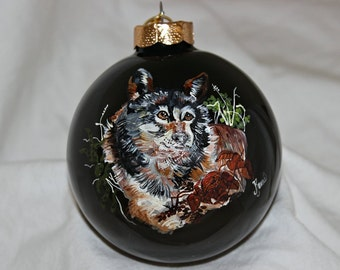 Hand-Painted Ornament - Wolf Item 1035C