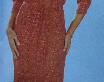 Dress, Top, and Skirt Sewing Pattern UNCUT Simplicity 7070 Sizes 8-14