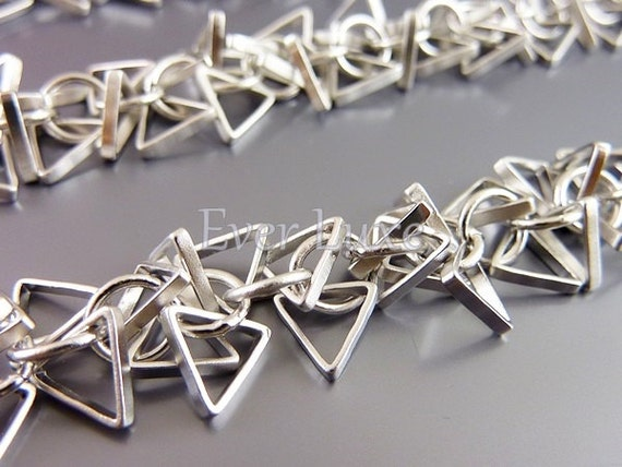 1 foot matte silver chain with delicate triangle charms for making necklaces / bracelets / earrings B057-MR