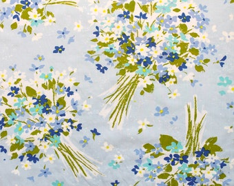 wedding bouquet in blue, a vintage sheet fat quarter