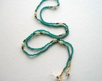 Green Eyeglass Holder Beaded Necklace with Light Green Amazonite Beads
