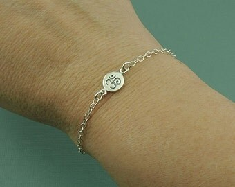 Om Charm Bracelet - Ohm Bracelet, Womens Sterling Silver Chain Bracelet - Yoga Bracelet, Dainty Bracelet, Gift for Girlfriend, Women