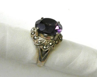 Gorgeous Antique ring 1950 Italian -  large   amethyst & real marcasite-  925 silver -Ancient jewel of great charm--Art.170/3 -