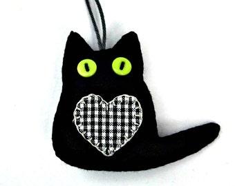Black felt cat ornaments,Lucky black cats,Good luck gift,Set of 3 Handmade felt cats,Halloween cat ornaments,Cat Ornament,Good luck token