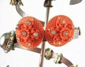 Plastic Flower Earrings, Salmon Earrings, Pink Flower Earrings, Rhinestone Jewelry, Post Earrings, Round Disc Earrings, Vintage Jewelry