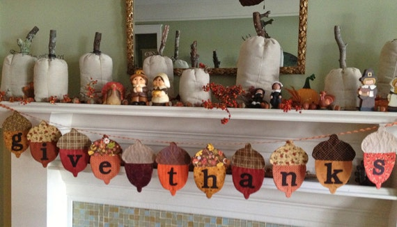 Thanksgving Banner, Thanksgiving Decoration, Fall Decor, Give Thanks Pennant, Acorn Bunting, Primitive Thanksgiving