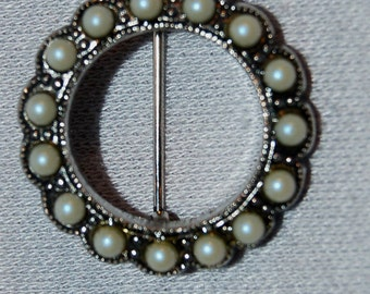 Vintage / Brooch / Victorian / Style / Seed Pearls / old / jewellery / jewelry