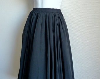 BALMAIN late 40s black double layer silk chiffon and taffeta new look skirt