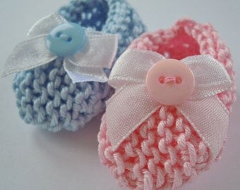 Gender reveal / twins baby shower decorations: pair little hand knit booties/ baby shoes - one pink, one blue - 2 inches - DECORATION SIZE