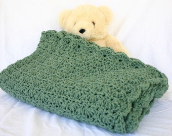 Crochet afghan green lap blanket couch throw thyme sage shell pattern thick home decor sage bedding solid grass color double stranded