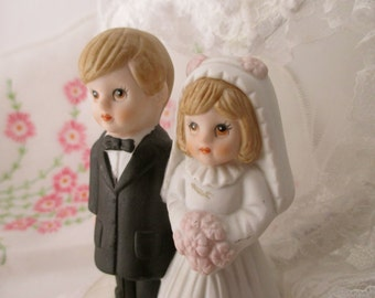 Vintage Wedding CAKE TOPPER with bride and groom- heart, porcelain, children, cute