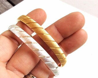 vintage textured bangles gold tone silver tone bangle bracelets MONET