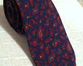 Red on Navy Paisley Silk Vintage LANVIN Skinny Necktie